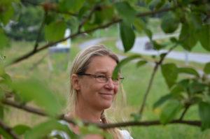 Martina Klasterska ved Fredheim - bilde i Stangeavisa